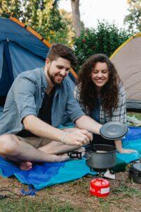 Derfor skal du investere i en køleboks til bilen inden næste campingtur